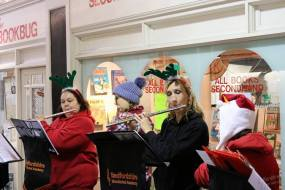 2016 christmas busking in hitchin